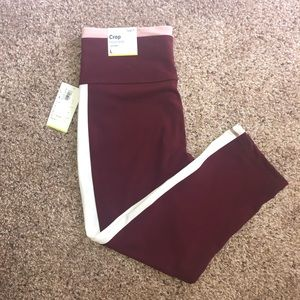 Old Navy Active Crop High Rise Leggings